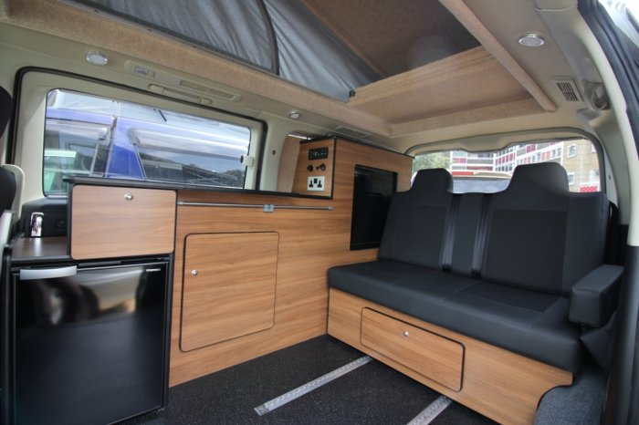 Nissan Elgrand Mistral Camper 4 berth Highway Star 2.5 Motorhome Petrol Pearlescent White